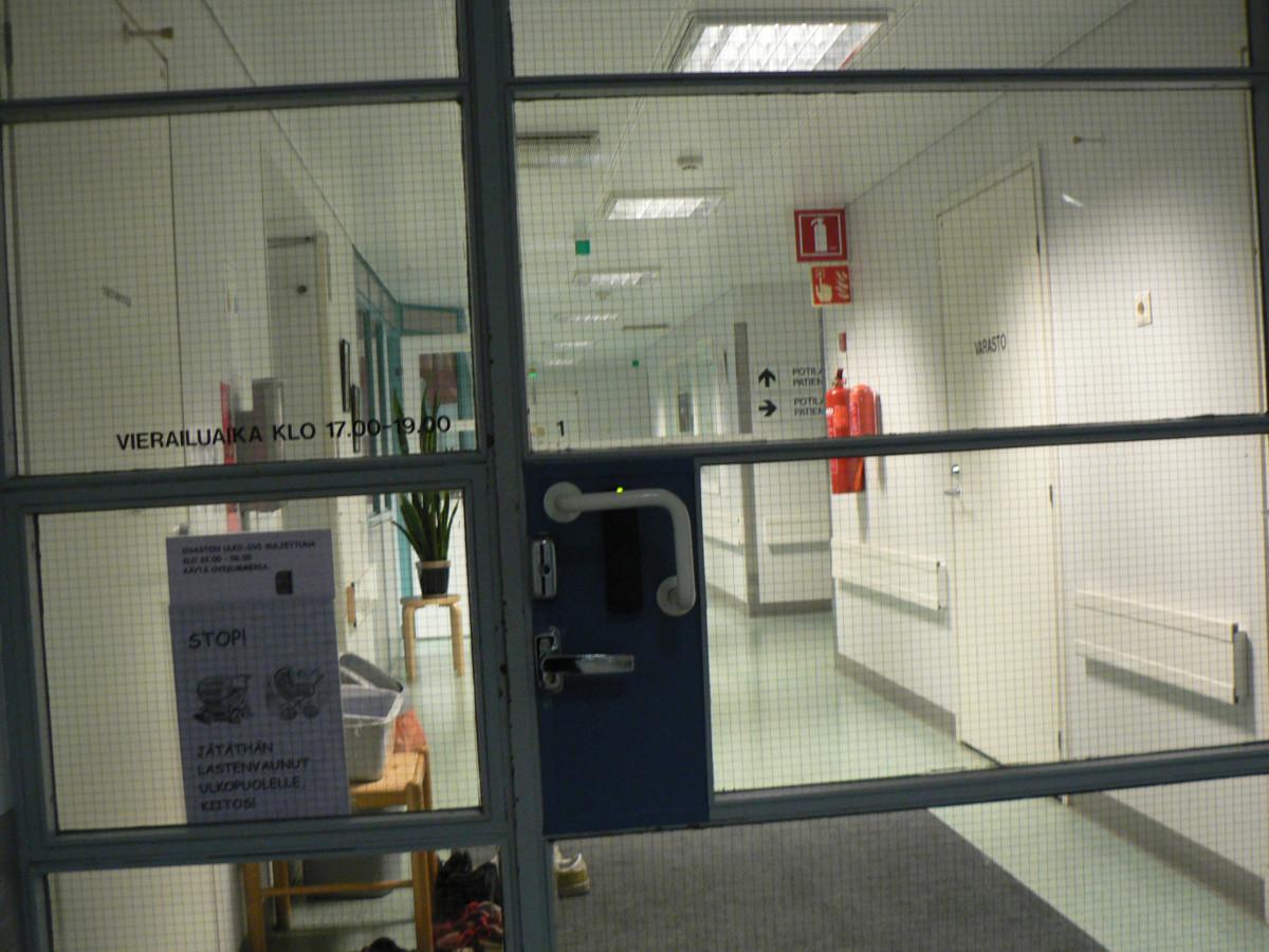 sairaala ovi