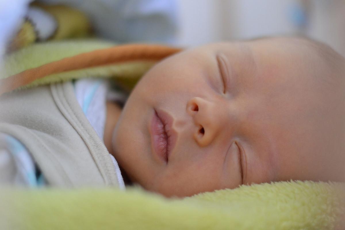 lapsi uni