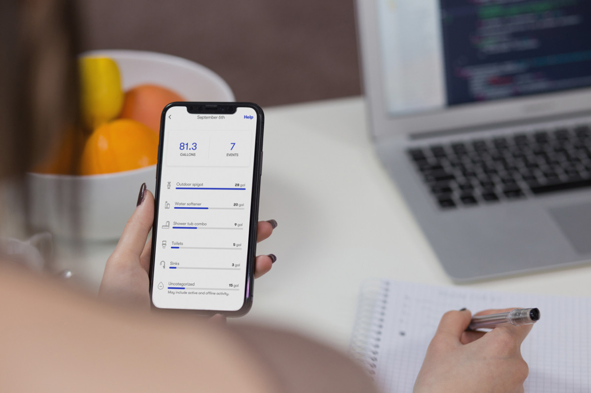Phyn plus app display on mobile